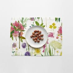 Isolation Garden Single Placemat - Bluebellgray Make You Feel, How Are You Feeling, Bluebellgray, Dinning Table, Garden Table, Daffodils, Table Runners, Poppies, Daisy