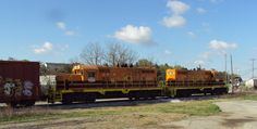 MTH Electric Trains heading into York, Pennsylvania today we came across these York Rail and Genesee & Wyoming locomotives doing a little yard switching.