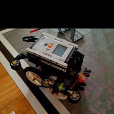 Crushing Techno Tigers LEGO robot for the Food Factor FLL season ( named E-Coli ).  Robotics for kids... what could be better????!!!