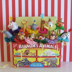 Cute way to display vintage circus animal cake pops.....I want to make one of these to be permanent with critters made from fabrics instead of cake :o)