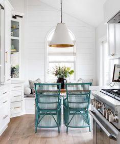 Photo cred: @natefischer So much charm in this bright little kitchen nook!