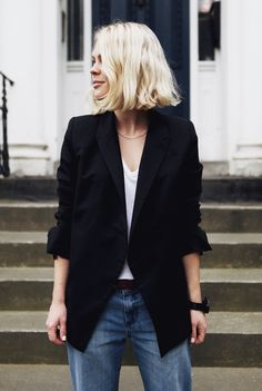 Street Style: Simple and stylish - Hubub Maxi Blazer, Blazer Outfit, Blazer Jeans, Looks Cool, Looks Style, Style Me, Girl Style, Power Dressing, A Well Traveled Woman