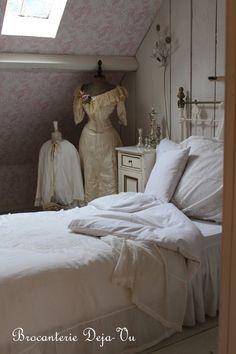 Bedroom Deja-Vu