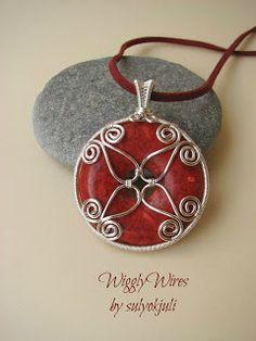 Wiggly Wires by sulyokjuli: Kicsit magyaros, kicsit mandala...