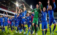 EURO 2016, STORICA ISLANDA: E' LA PRIMA A QUALIFICARSI Grazie al pareggio casalingo a reti bianche contro il Kazakistan l'Islanda entra nella storia del calcio. Questa piccola isola di appena 100 chilometri quadrati infatti ha strappato il pass per gli e #islanda #euro2016 #olanda