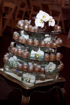 sweetie pie wedding cake Pie Wedding Cake, Cupcake Cakes, Cupcakes, Candy Display, Dream Wedding, Wedding Ideas, Candles, Table Decorations, Weddings