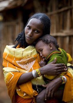 Borana woman and child - Ethiopia