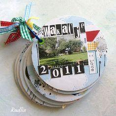 mini album from CDs Old Cds, Cd Art, Arts And Crafts, Paper Crafts, Card Ideas, Gift Ideas, Calendar Ideas, Smash Book, Scrapbook Albums