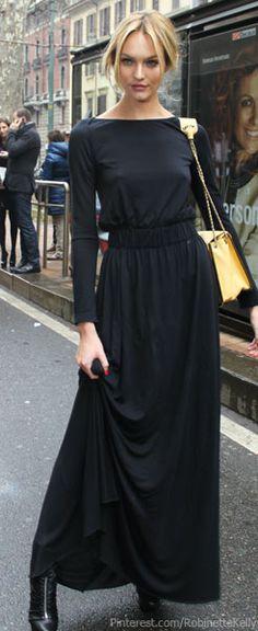 Street Style | Black Maxi