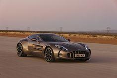 © Aston Martin 2011