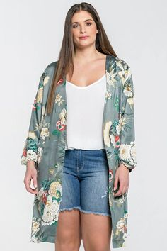 Cute Kimono by Mat Fashion  #fashion #plussize #plussizefashion #grotematenmode grote maten mode plus size fashion