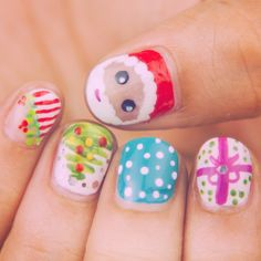 An easy & cute Christmas nail art design for short nails! Hope you guys like it :) #ChipperNails