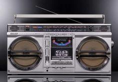VINTAGE Boombox Stereo-Radio Tape-Recorder SHARP