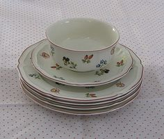 Petite Fleur by Villeroy and Boch - Mom's