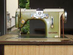 Nähmaschine Gritzner m.Schränkchen,Antiquität,org Anleitung,rar,Dachbodenfund (Gritzner sewing machine)
