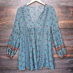 fleetwood lace accent tunic top in sage - shophearts - 1