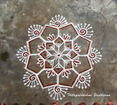 ideas hand quilting ideas projects simple for 2019 Easy Rangoli Designs Diwali, Indian Rangoli Designs, Free Hand Rangoli Design, Rangoli Border Designs, Small Rangoli Design, Rangoli Ideas, Simple Rangoli, Mandala Design, Rangoli Borders