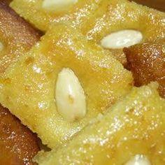 Arabischer Grießkuchen (Basbousa)
