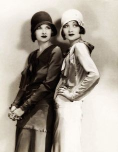 25 Vintage Portraits of Beautiful Women With Cloche Hats in the 1920s                                                                                                                                                                                 More