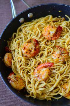Classic Spaghetti Aglio Olio with Prawn.