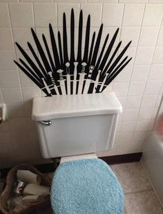 Funny pictures about The Real Iron Throne. Oh, and cool pics about The Real Iron Throne. Also, The Real Iron Throne. Bathroom Decals, Bathroom Artwork, Game Of Thrones Party, Game Thrones, Game Of Thrones Decor, Got Party, Party Party, My Sun And Stars, Iron Throne