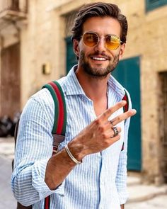 Gentleman Style 467670742558470764 - Clothing And Style Hacks For The Modern Gentlemen Source by e_morike Running Sunglasses, 70s Sunglasses, Black Round Sunglasses, Luxury Sunglasses, Sunglasses Women, Festival Sunglasses, Sunglasses Holder, Beautiful Women Quotes, Beautiful Tattoos For Women