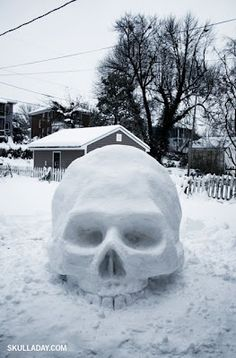 Snow skull! Yeah my kinda art. Can't wait for the first snow fall of the year!!