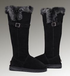Should you get Uggs in Classic Cardy or Bailey Button one button?