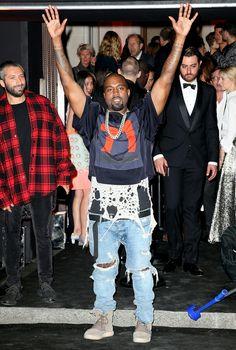 Cheaper alternative: Outfit:$ Cropped)Jersey mesh:$100 Shirt: Tye dye tee:$30 jeans: blueLevi's jeans:$40 Shoes:$ Urban Fashion, Mens Fashion, Fashion Outfits, Street Fashion, Kanye West Style, Yeezy Fashion, Yeezy Outfit, Urban Street Style, Alter