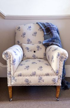 Brocante Rose is a design taken from a vintage screen and printed on 100 per cent linen.