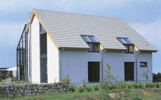 Dacheindeckung und Dachform prägen die Optik des Hauses