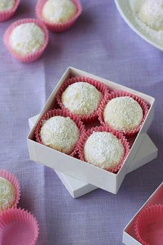 Mexican Tea Cakes by Xiaolu // 6 Bittersweets, via Flickr