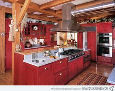 Traditional Home Country Kitchen Design, Pictures, Remodel, Decor and Ideas Red Kitchen Cabinets, Kitchen Dining, Kitchen Decor, Kitchen Ideas, Stain Cabinets, Warm Kitchen, Kitchen Magic, Kitchen Oven, Big Kitchen