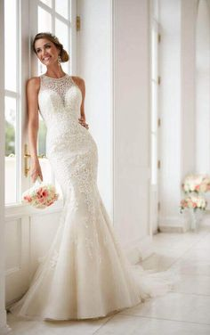 Stella York Wedding Dresses - Search our photo gallery for pictures of wedding dresses by Stella York. Find the perfect dress with recent Stella York photos. Spring 2017 Wedding Dresses, Dream Wedding Dresses, Designer Wedding Dresses, Bridal Dresses, Wedding Gowns, Dresses Dresses, Fit And Flare Wedding Dress, Sweetheart Wedding Dress, Mermaid Wedding