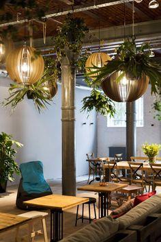 No Worries - Antwerpen Antwerp Belgium, Restaurant Bar, Coffee Shop, No Worries, Patio, Table Decorations, Places, Interior, Outdoor Decor
