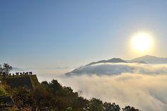 """(1枚目の画像)この季節限定!""""天空の城""""と呼ばれる「竹田城の雲海絶景」が今年も見ごろに - Find Travel"""