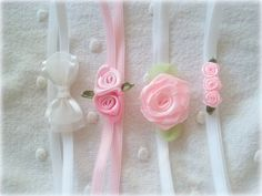 66 Trendy Baby Girl Headbands And Bows Holder Diy Tutorial Baby Girl Headbands, Newborn Headbands, Trendy Baby Boy Clothes, Fabric Embellishment, Ribbon Hair Bows, Handmade Headbands, Diy Hair Accessories, Diy Embroidery, Ribbon Crafts