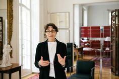 """""""In unserer Welt bleibt das visuelle unschlagbar."""" - Uli Mayer-Johanssen, Markenexpertin. http://www.personalities-by-usm.com/uli-mayer-johanssen/"""