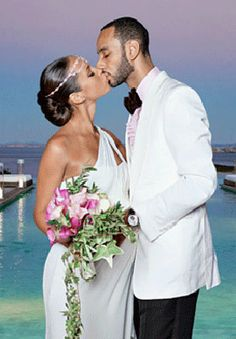 A gorgeous couple Alicia Keys & Swiss Beats seal the deal and wed celebrity style!
