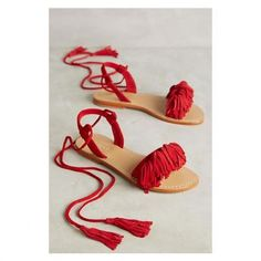 26 Summer Sandals To Inspire Yourself - Women Shoes Styles & Design Soft Grunge, Grunge Style, Shoes Flats Sandals, Red Sandals, Flat Sandals, Leather Sandals, Boho Sandals, Fringe Sandals, Pretty Shoes