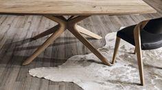 Combinessa - Hochwertige Hölzer in verschiedenen Ausführungen wie Kernbuche, Nussbaum oder Wildeiche ermöglichen die individuelle Gestaltung Ihrer Combinessa-Möbel.