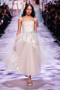 Festive grace - Georges Chakra Couture Spring Summer 2017