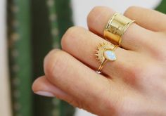 Stacking rings! Opal solitaire and sunburst ring, these two make the perfect pair! #rings