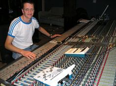 April 13, 2015 - London Marcel van Limbeek and SSR to host SoundGirls.Org for a special discussion on the emotional aspects of working in live sound. Marcel has been Tori Amo's monitor engineer sin...