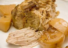 Porc Roats Yummy Slow Cooker Porc Recipe - Click the image to find porc recipes Slow Cooker Bbq, Slow Cooker Recipes, Pork Recipes, Pasta Recipes, Pork Pasta, Crockpot Breakfast Casserole, Pork Stew, Food And Drink, Fondant