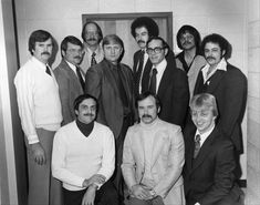 The Des Plaines police detective credited with leading the investigation that captured serial killer John Wayne Gacy has died. Joe Kozenczak, was the former Des Plaines police chief who worked for the department for 27 years before his retirement in Back Row, Front Row, John Wayne Gacy Art, Robert Schultz, Police Detective, Police Chief, History Channel, Chicago Tribune, Serial Killers