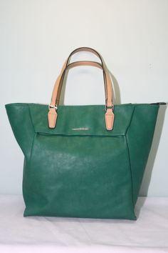 Bolso Benetton Erika Shopping B0201