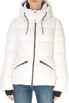 This is the stunning 'Madalyn' Shiny White Down Puffer Coat With Removable Hood from our friends at Mackage! SHOP NOW! Down Puffer Coat, Down Coat, Green Parka, Black Down, Fur Collars, Army Green, Shop Now, How To Remove, Winter Jackets