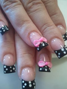 Pink bows N white dots