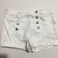 White high waist short NWT Almost Famous high waist short NWT Almost Famous Shorts Jean Shorts